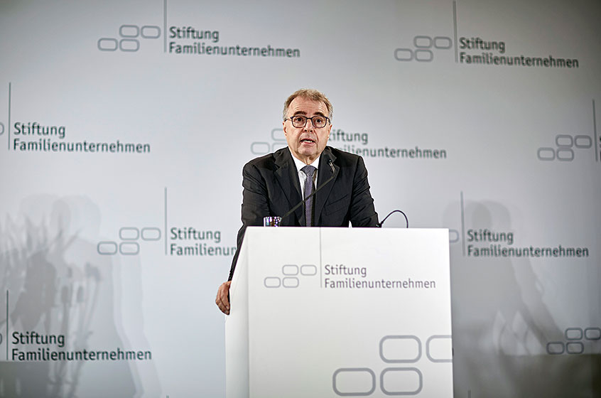 Prof. Rainer Kirchdörfer, Member of the Executive Board