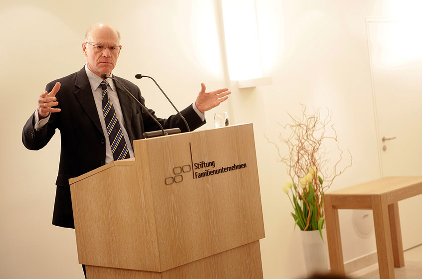 President of the Bundestag Prof. Lammert in the House of Family Businesses